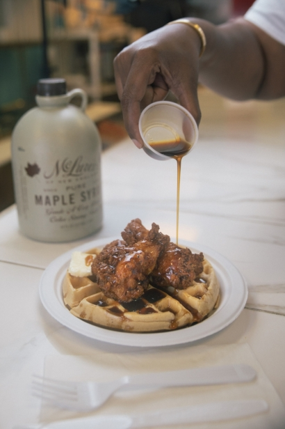 chicken and waffles with maple syrup