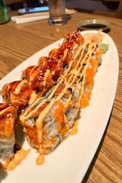 SPICY & CRUNCHY TUNA ROLL w Special Spicy Mayo Sauce from Yokohama