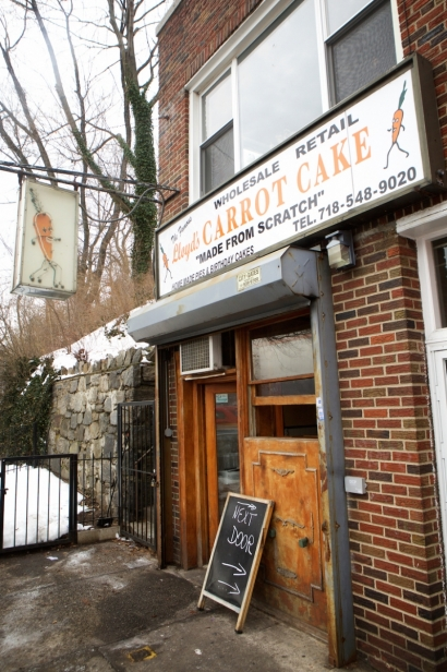 Lloyds Carrot Cake in Riverdale, Bronx